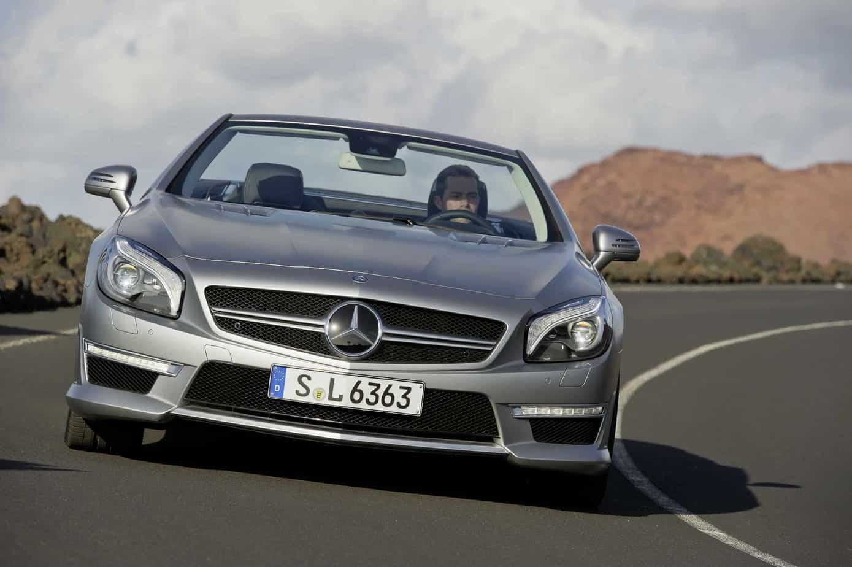 Der neue mercedes benz sl 63 amg airbags aluminium amg for Mercedes benz airbags