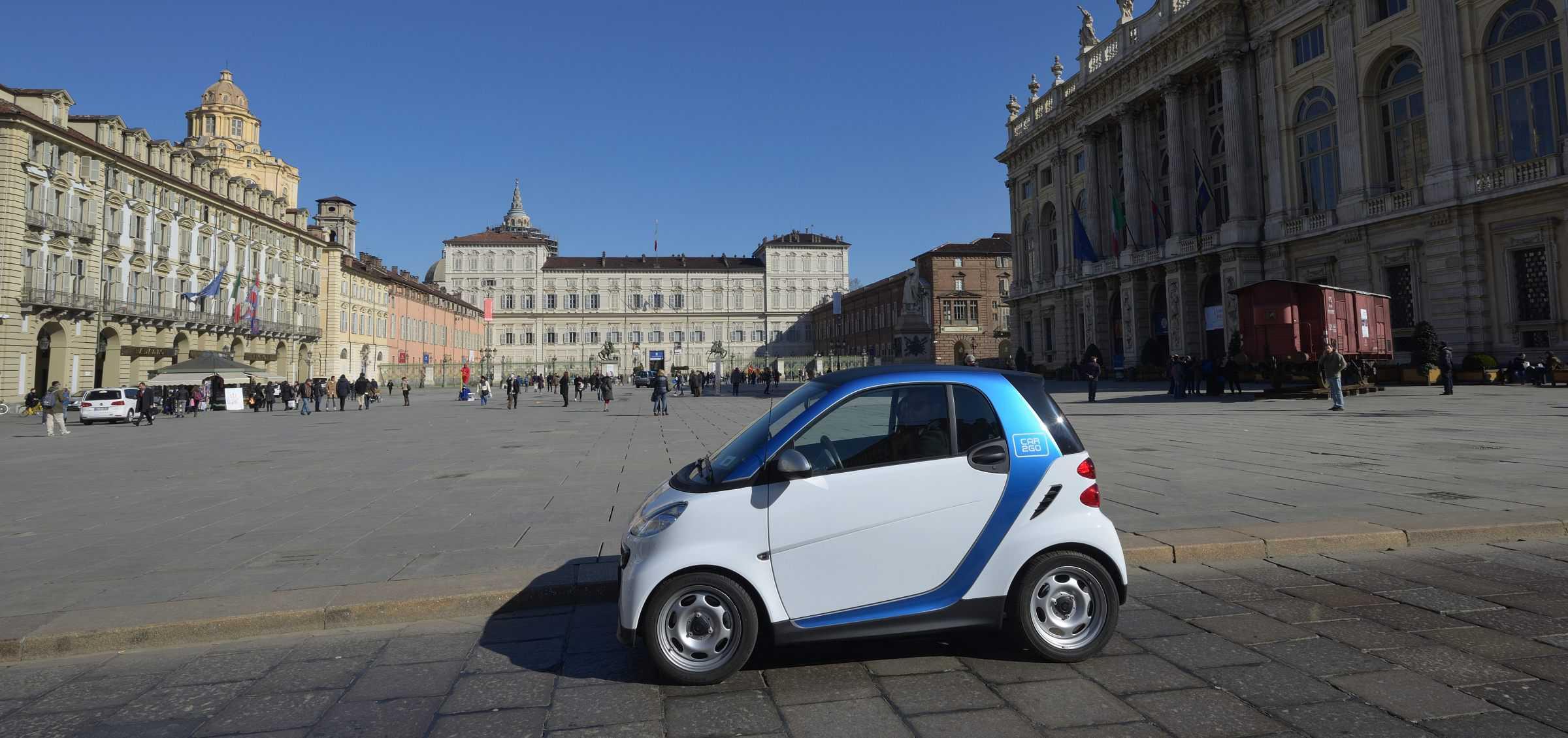 Car2go Erobert Die Auto Stadt Turin