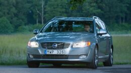 125531_Volvo_V70a