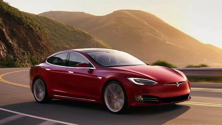 Tesla Sicherheit