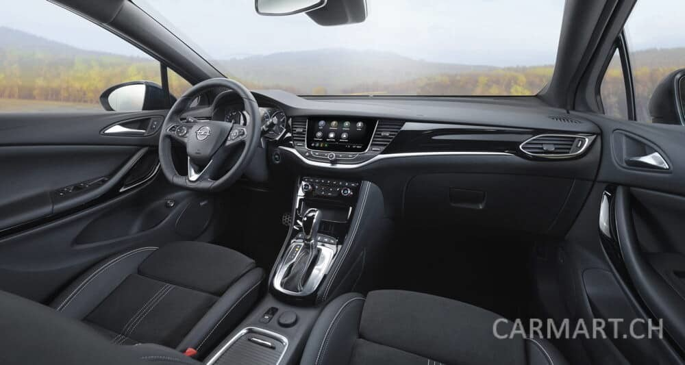 Opel Astra 2019 Innenraum
